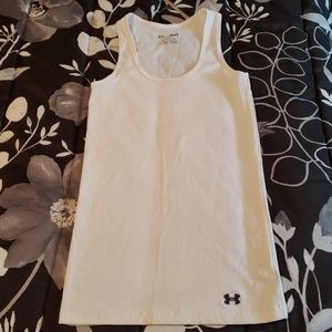 Under Armour Tops - UA heat gear tank-top. Nearly new.